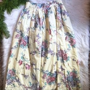 Jos. A. Bank Vintage Pale Yellow Floral Skirt